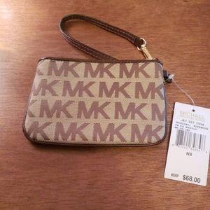 Michael Kors brown wristlet wallet nwt